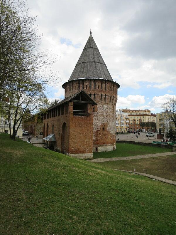 Громовая башня с вала от старых стен