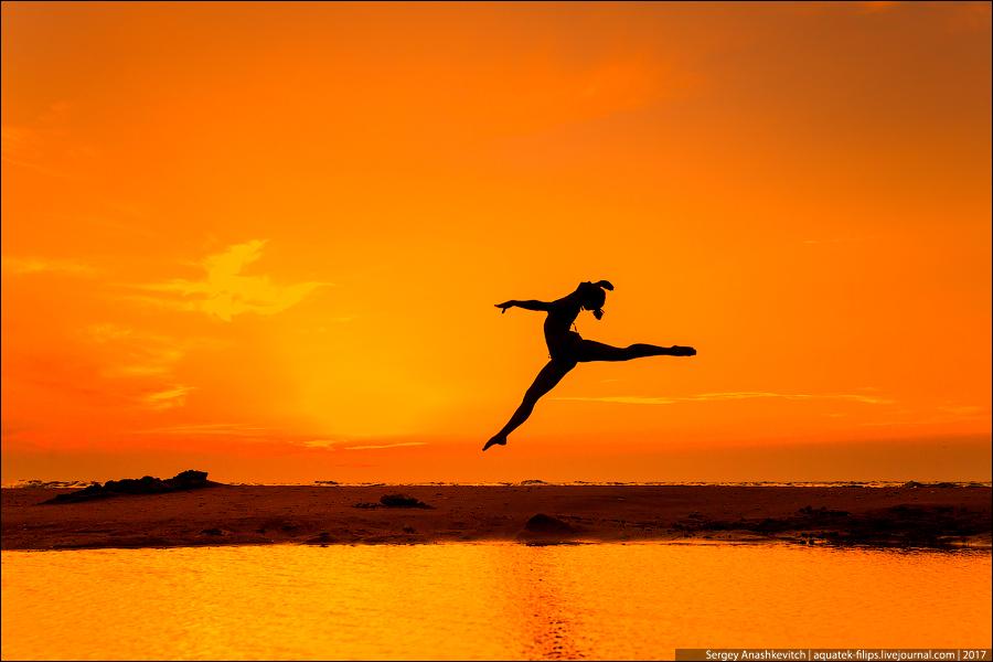 Балет на берегу моря