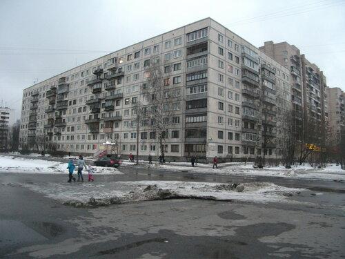 ул. Брянцева 18