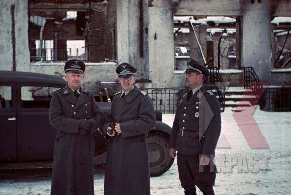 stock-photo-luftwaffe-staff-in-smolensk-russia-1941-8463.jpg