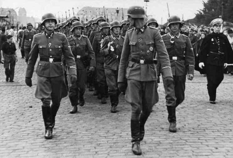 frikorps_danmark__leave_1942.jpg