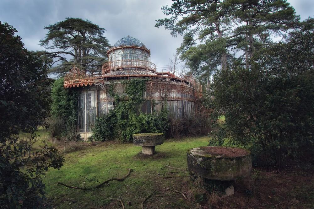Not ready for summer season: abandoned greenhouses, greenhouses and greenhouses