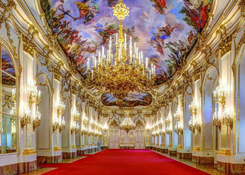 Убранство дворцовых залов Шенбрунна