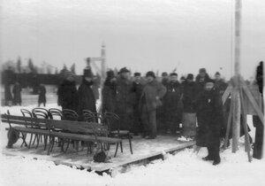 Члены комиссии по проведению конькобежных соревнований в Юсуповом саду.