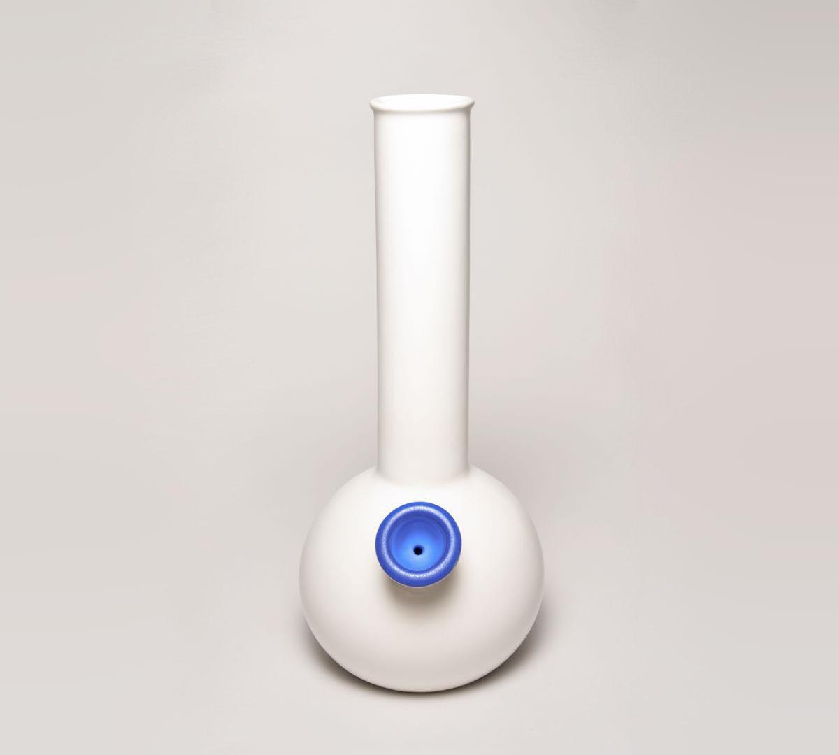 Дизайнерский бонг для марихуаны