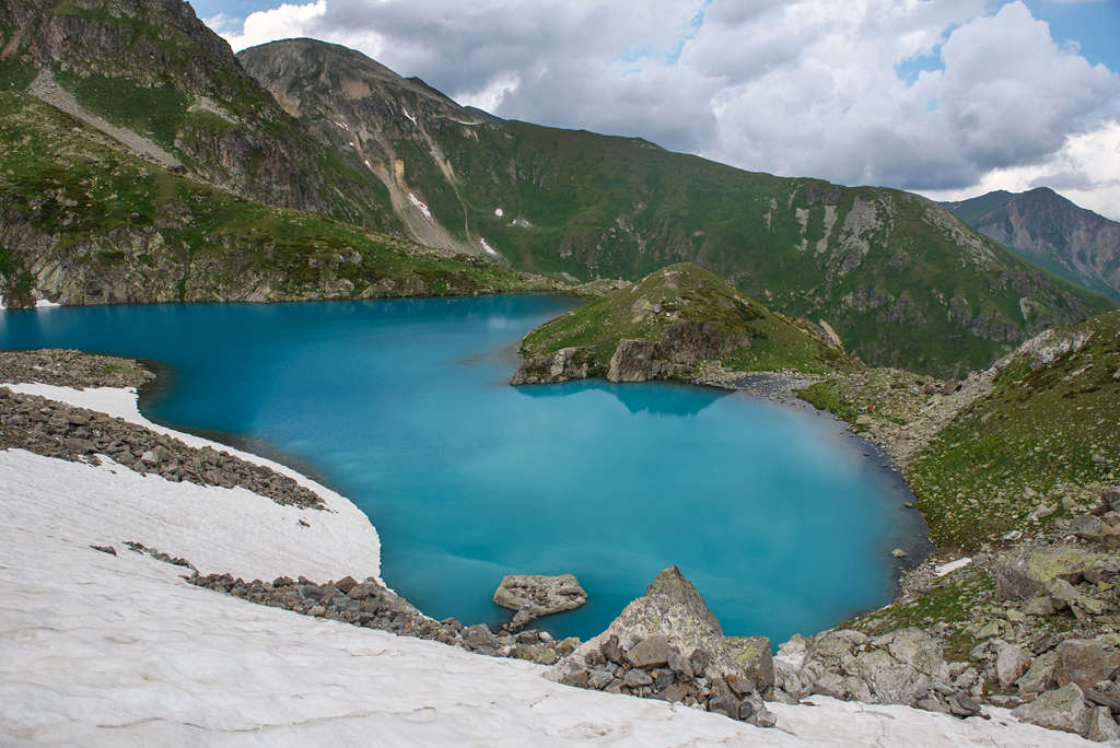 Озеро Закан в Кавказском заповеднике