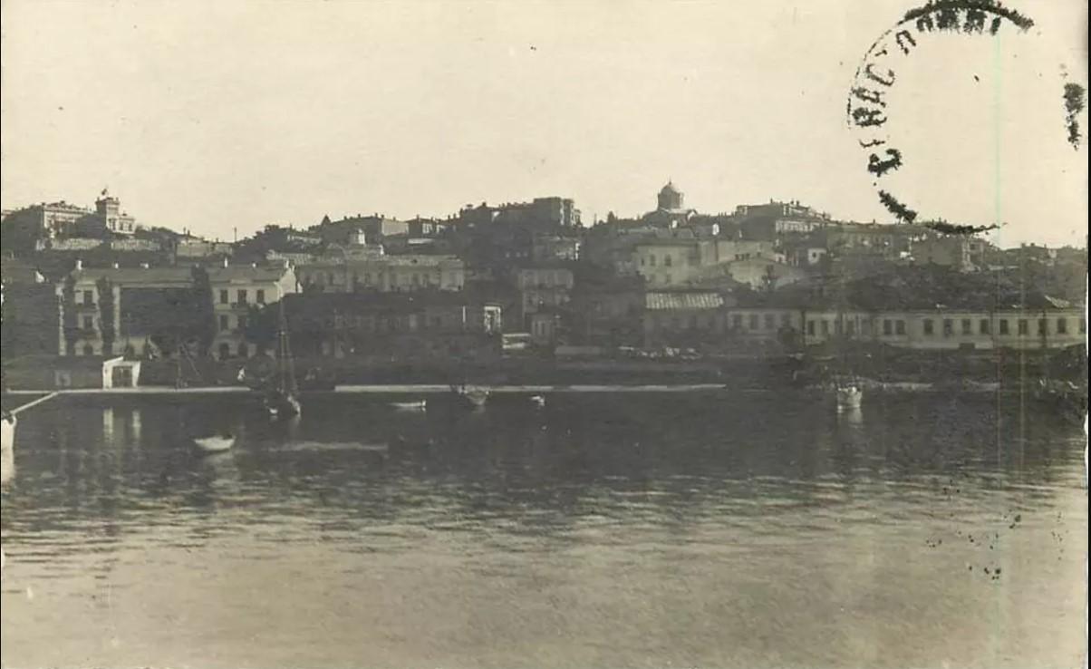 1918. Набережная