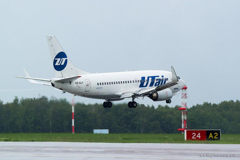 Boeing 737-524 (VQ-BJT) ЮТэйр 137_D801734