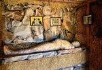 Мумия в соломенной пирамиде.jpg