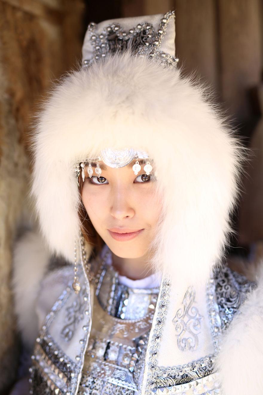 Лица Сибири: 35 потрясающих портретов якутов, ульчи и негидальцев (35 фото)