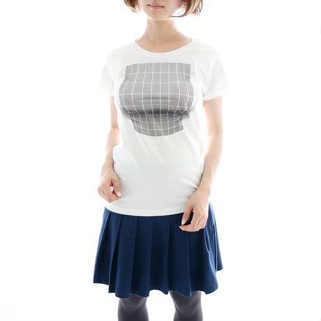 Хлопковая футболка продается в магазине новинок Village Vanguard за 3888 иен (около 2000 рублей).