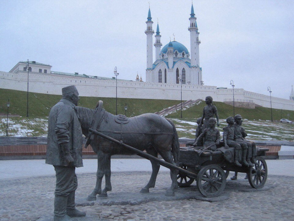 В татарской деревне Булым–Булыхчи жил мальчик Асгат