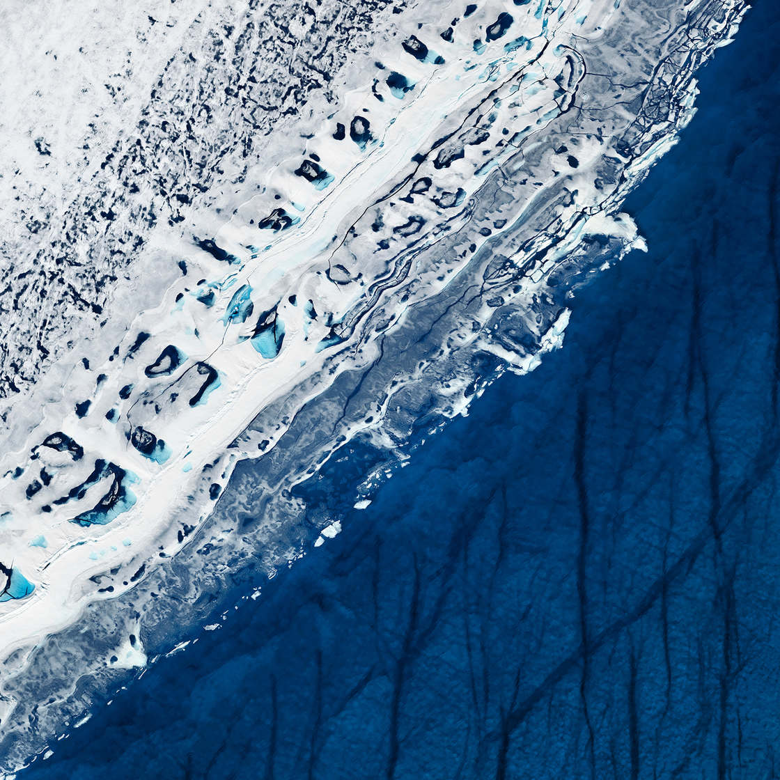 White and Blue - Timo Lieber captures the fragile beauty of the Arctic