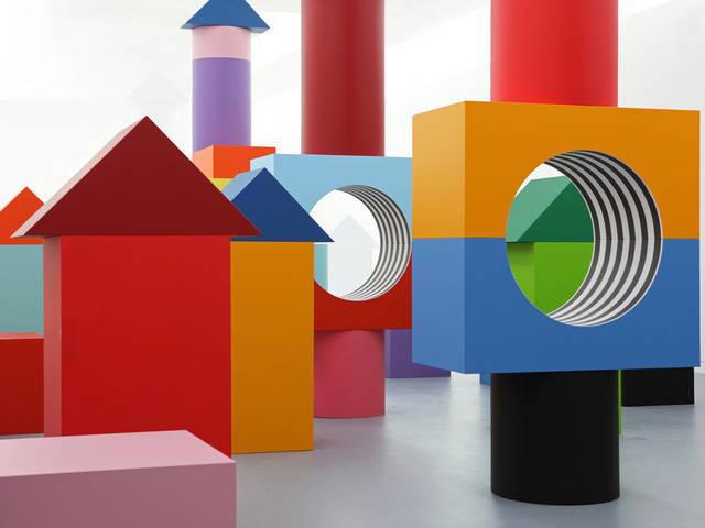 Blocky Art Installation for Children (5 pics)