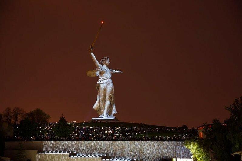 Лазерная 3D инсталляция «Свет Великой Победы»