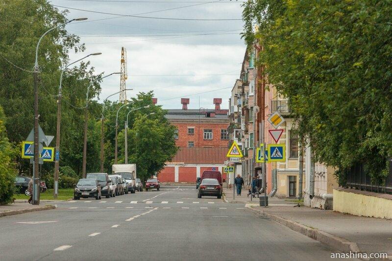 Улица Мануильского, Кронштадт, Санкт-Петербург