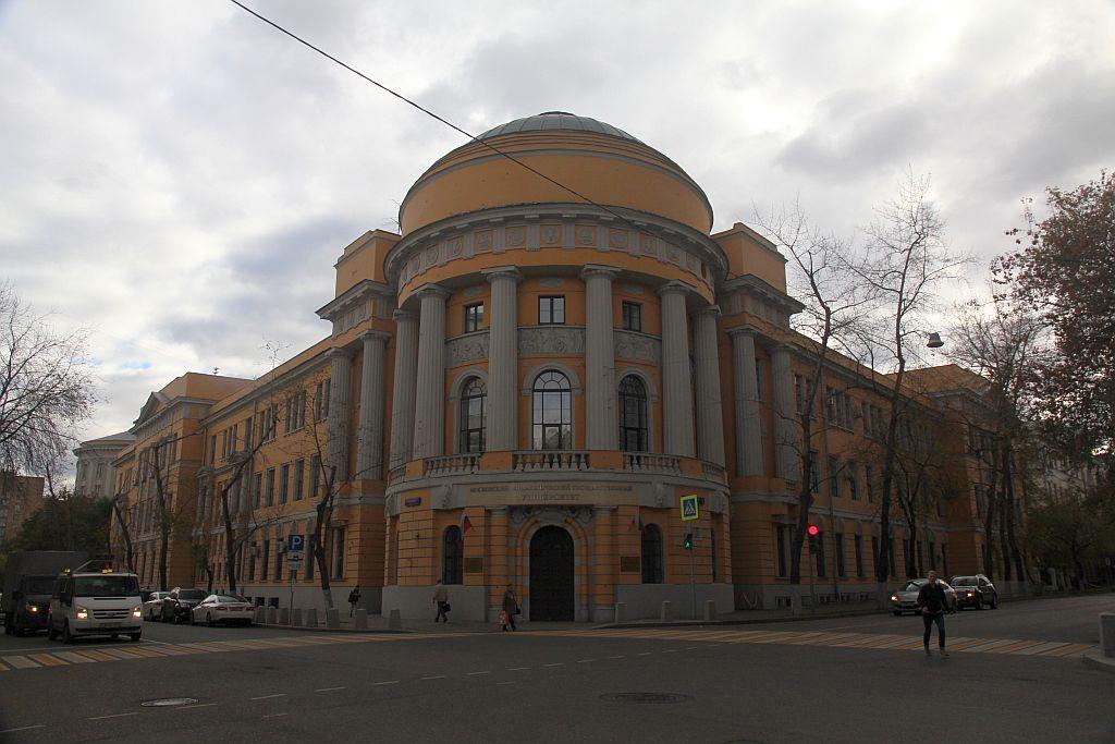 https://img-fotki.yandex.ru/get/249479/854410.2c/0_184328_57e03191_orig.jpg