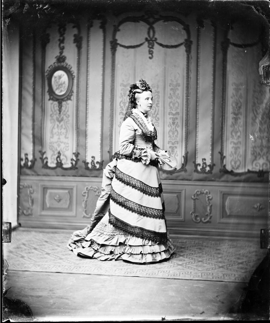Фридерика Амалия Агнесса Ангальт-Дессауская (24 июня 1824, Дессау — 23 октября 1897, Хуммельсхайн) — принцесса Ангальт-Дессауская, в замужестве герцогиня Саксен-Альтенбургская. 1877