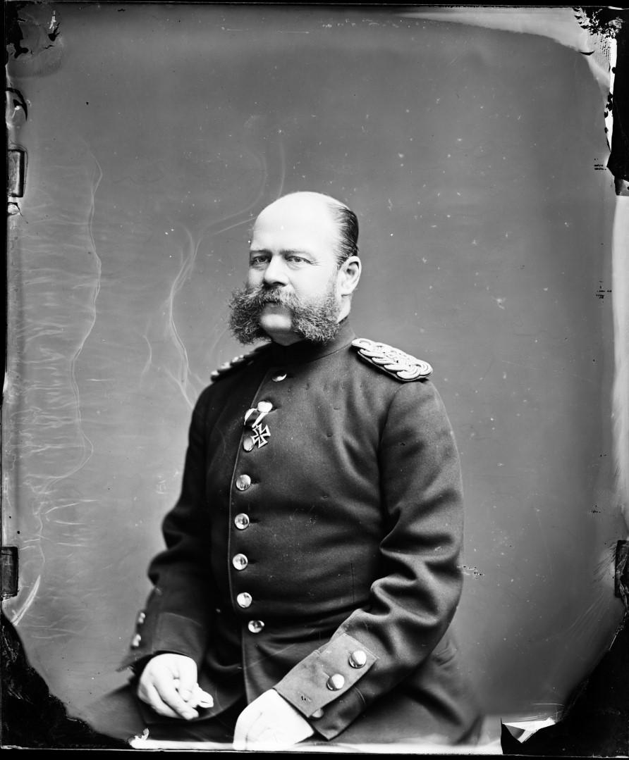 Эрнст I Фридрих Пауль Георг Николаус Саксен-Альтенбургский (16 сентября 1826, Хильдбургхаузен — 7 февраля 1908, Альтенбург) — герцог Саксен-Альтенбургски, 1875