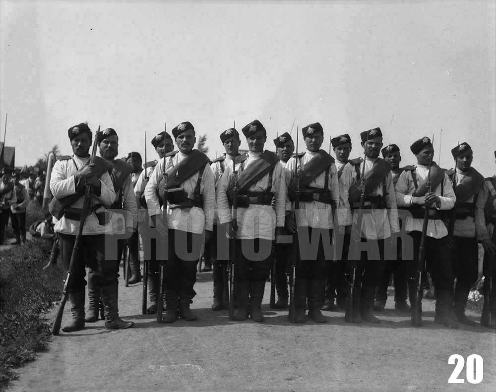 20. Нижние чины одного из Гвардейских пехотных полков