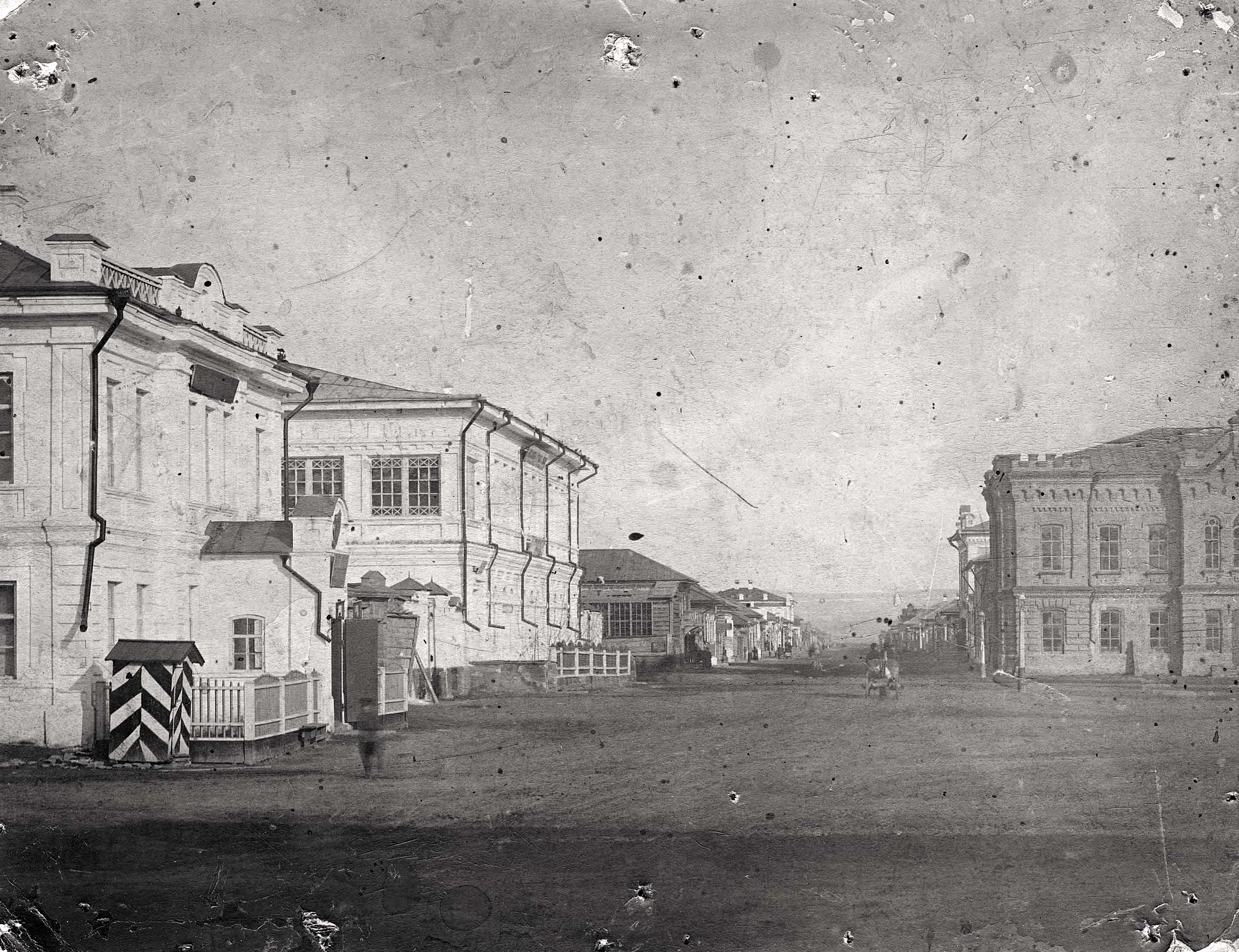Фрагмент Соборной площади и перспектива Михайловской улицы
