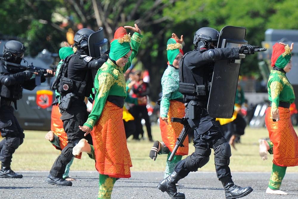 Увлекательные кадры из Индонезии
