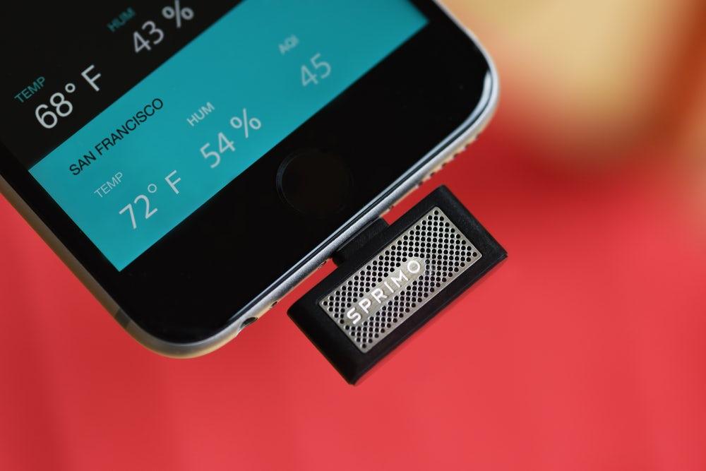 ВiPhone появится устройство, контролирующее качество воздуха