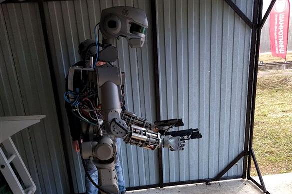 Робот Федор из РФ напугал западные СМИ