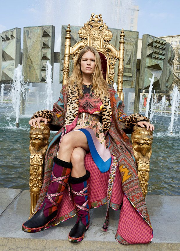 Anna Ewers Models Etro Fall Winter 2017.18 Collection (8 pics)