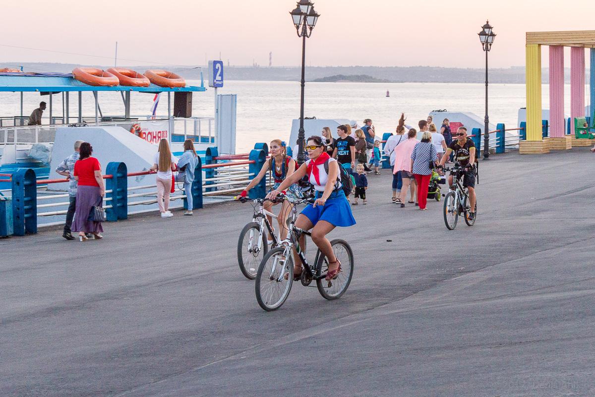 велопарад Леди на велосипеде фото 16