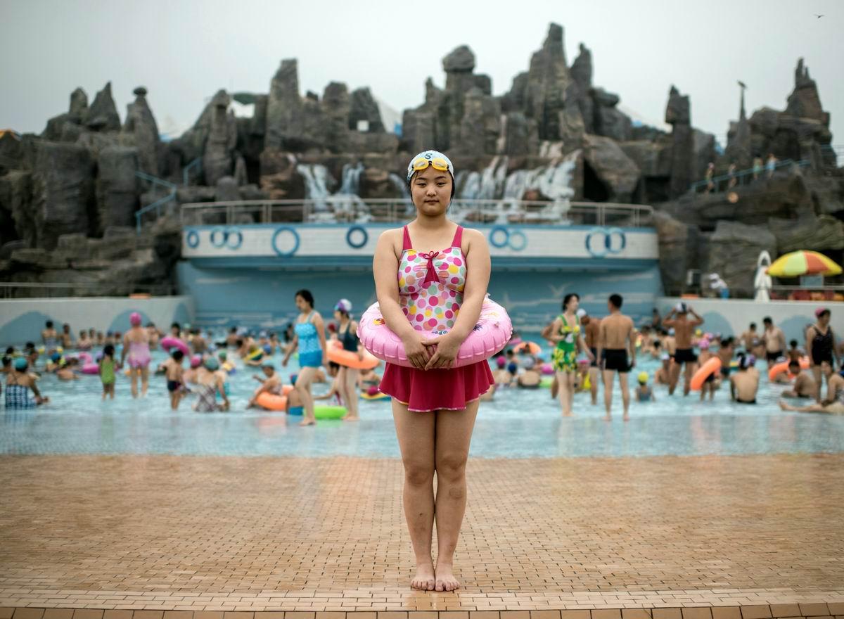 В пхеньянском аквапарке: Северокорейская русалка