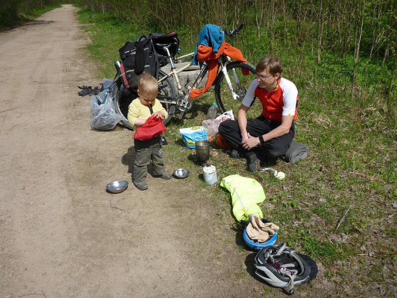 обед в велопоходе с ребенком