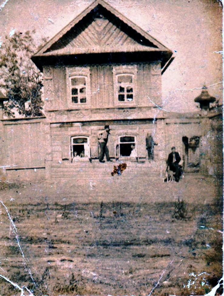 Улица Льва Толстого, 109