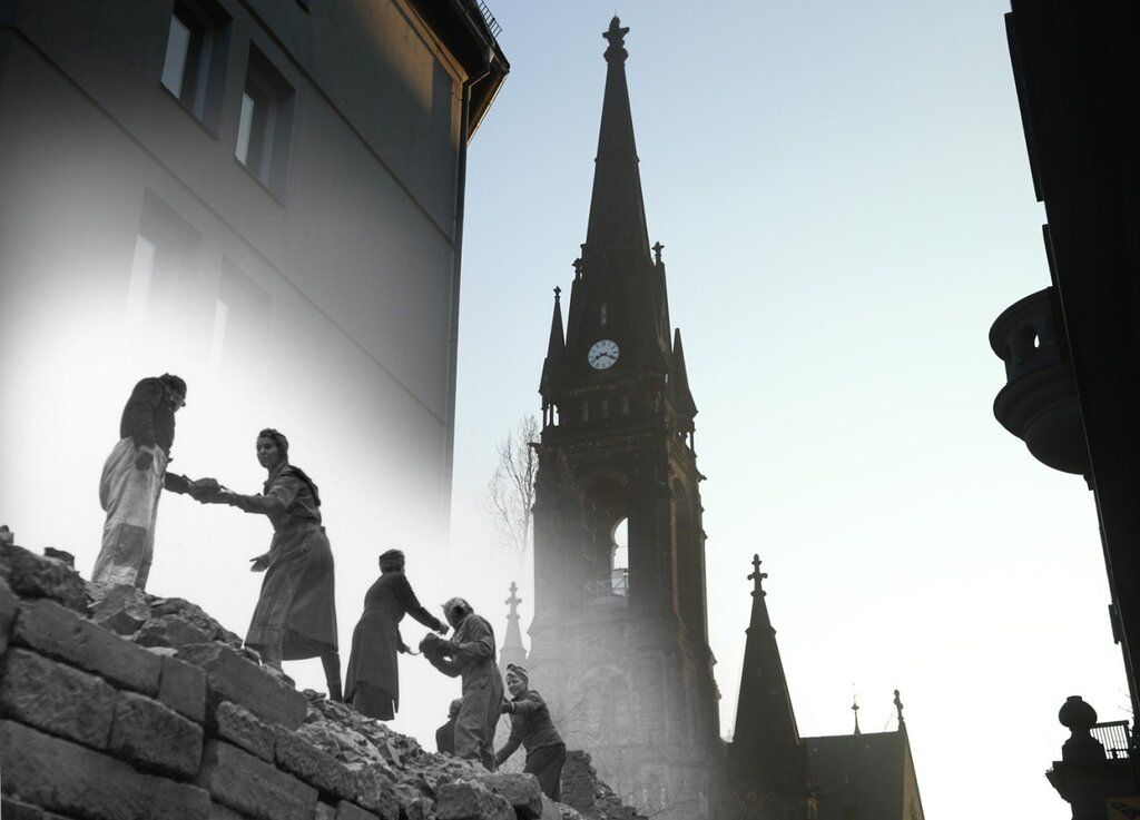 Remembering Dresden 70 Years After the Firebombing80.jpg