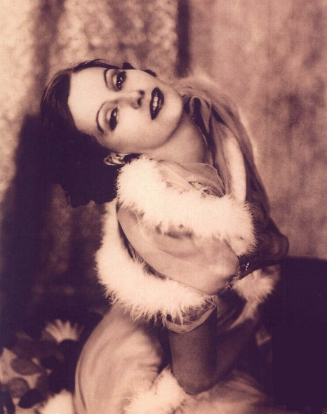 Greta Garbo by Ruth Harriet Louise for Flesh and the Devil, 1926.jpg