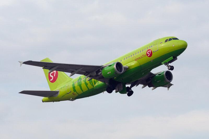 Airbus A319-114 (VP-BTO) S7 DSC2620a