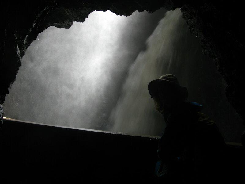 В пещере Трюммельбаха