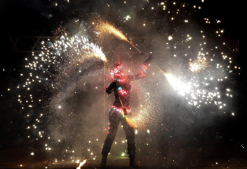 Международный фестиваль огня «МИФФ 2015» в Белоруссии 0 13a92b ad95e6a5 orig