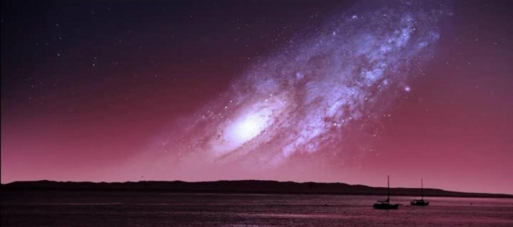 Как выглядело бы ночное небо, если бы Земля находилась недалеко от галактики Андромеда