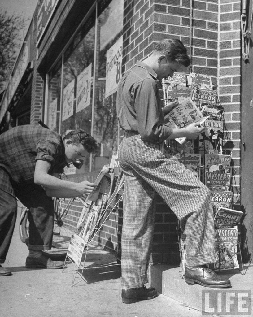 1954 Photographer:Nina Leen