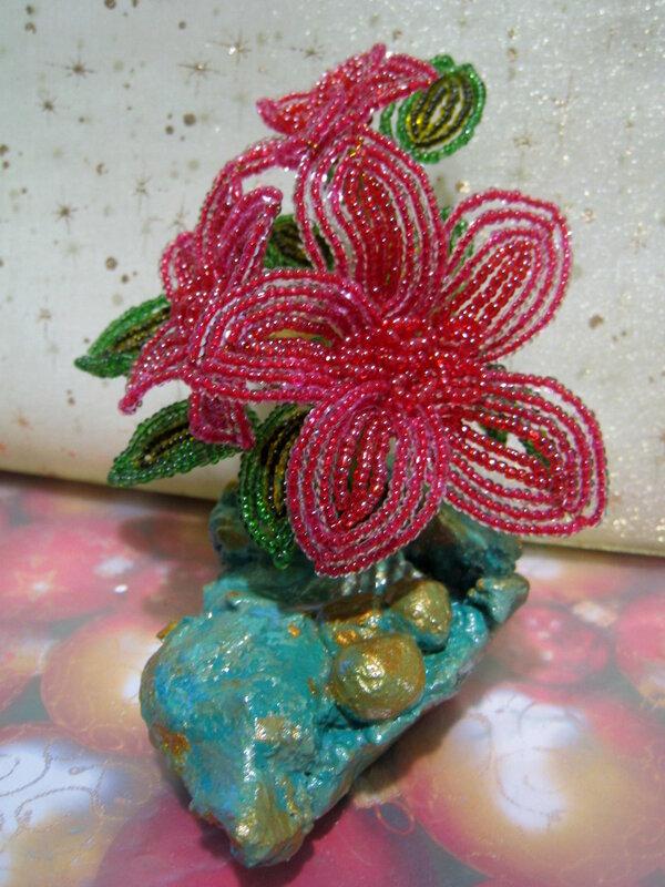 Поделка изделие Бисероплетение Цветы из бисера Бисер фото 3.