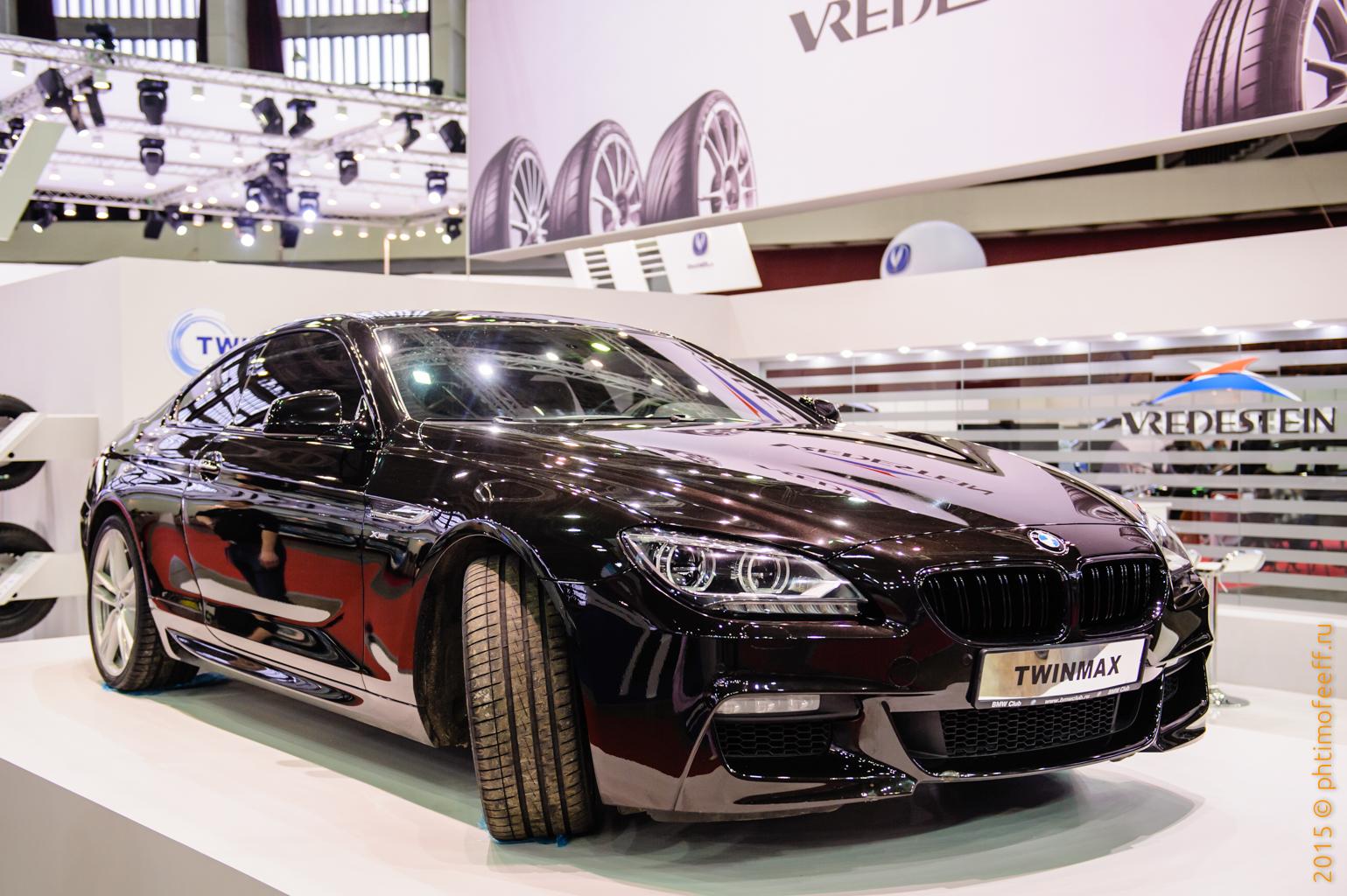 Фото с выставки автомобилей