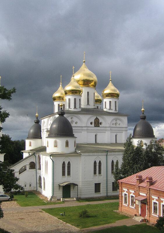 Собор в Дмитрове