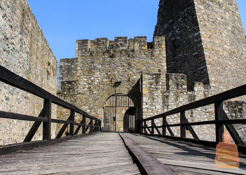 Вход в крепость в Смедерево