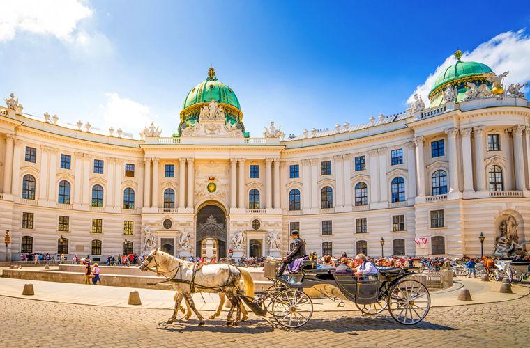 Советы для туристов, собравшихся посетить Вену (12 фото)