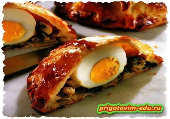 Пирожки с грибами и яйцами