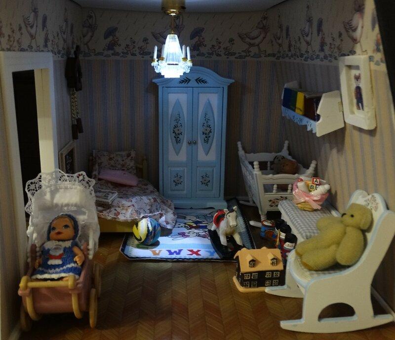 Сделать свет в кукольном домике