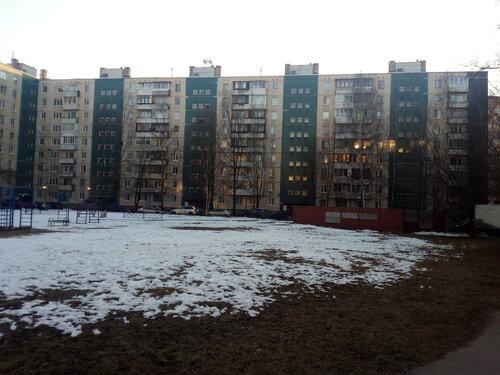 ул. Маршала Захарова 27к2