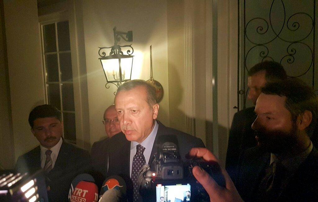 Эрдоган в Мамарисе, Турция.jpg