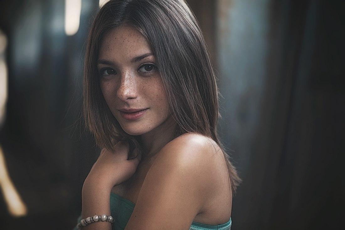 Ольга Кобзар